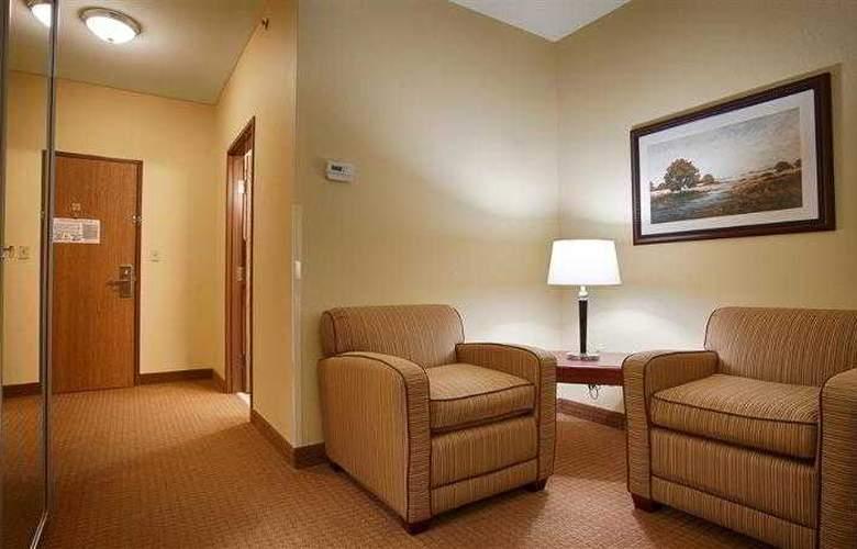 Best Western Butterfield Inn - Hotel - 28