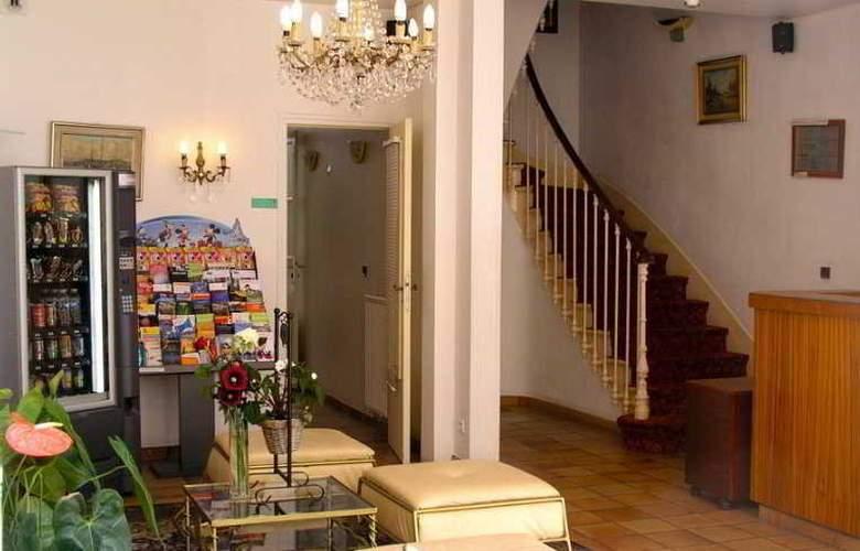 Du Roi Rene Hotel - General - 1