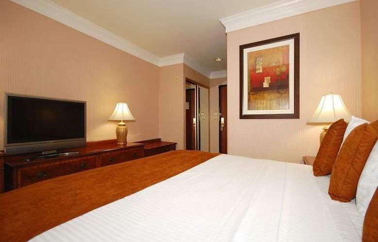 Best Western Plus Suites Hotel - Room - 47