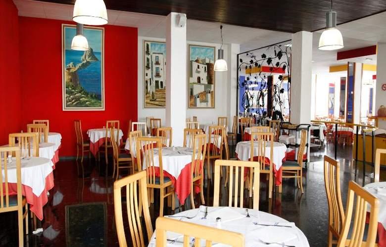 AzuLine H. Mar Amantis I & II - Restaurant - 23