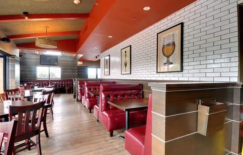 Best Western TLC Hotel - Restaurant - 84