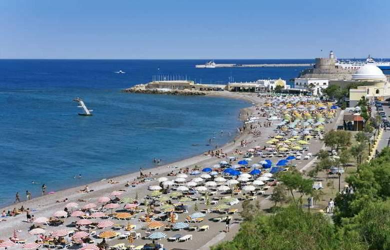 Mediterranean Hotel - Hotel - 8