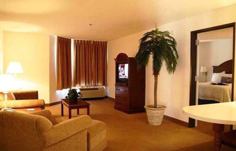 Hampton Inn & Suites Tarpon Springs - Room - 6