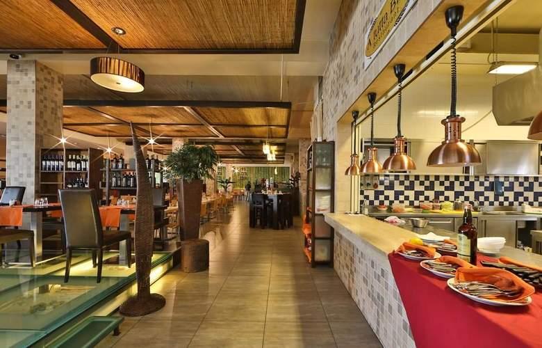 Best Western Hotel Goldenmile Milan - Restaurant - 5