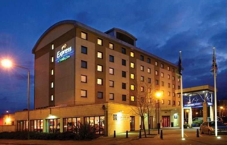 Holiday Inn Express Wandsworth Battersea - Hotel - 0