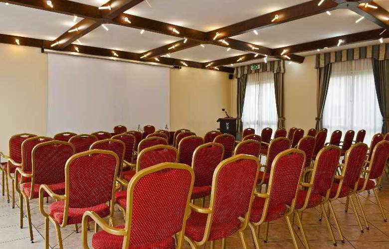 CDH Hotel Villa Ducale - Conference - 4
