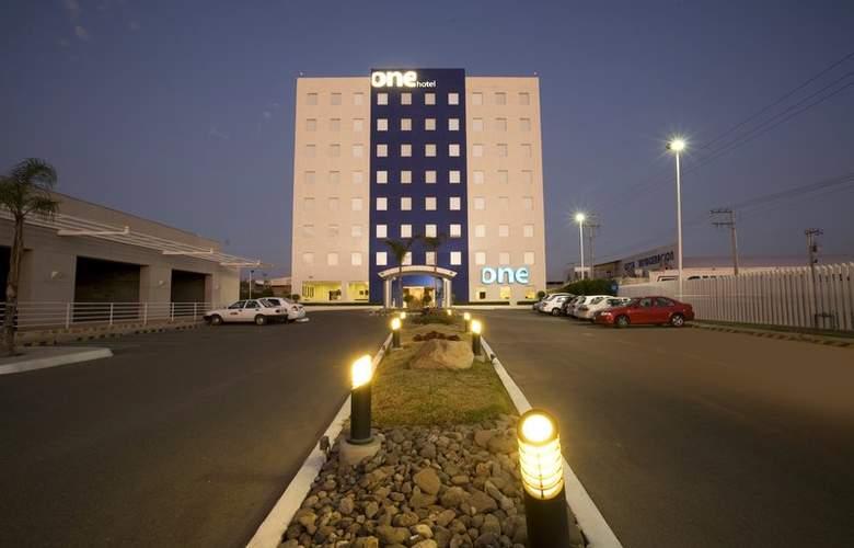 One Aguascalientes Sur - Hotel - 0