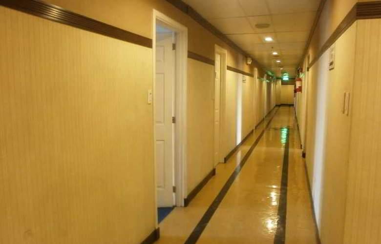 Eurotel Hote Naga - Hotel - 0