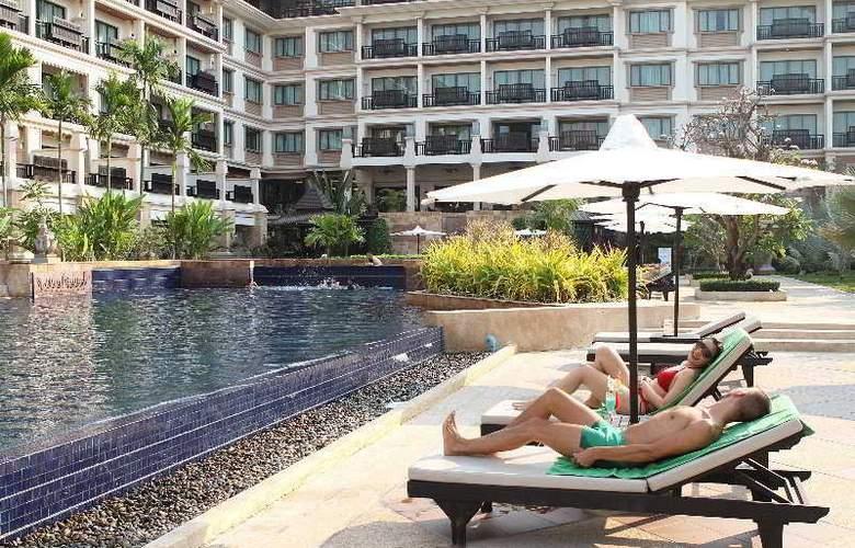 Angkor Miracle Resort & Spa - Pool - 3