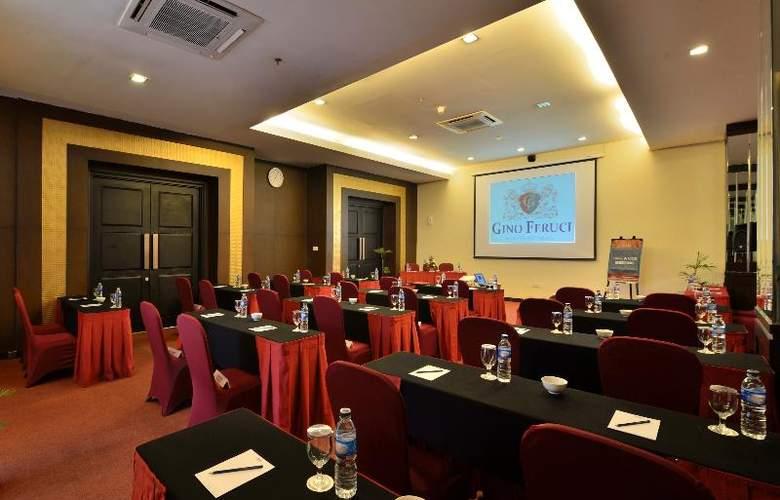 Carrcadin Hotel Bandung - Conference - 15