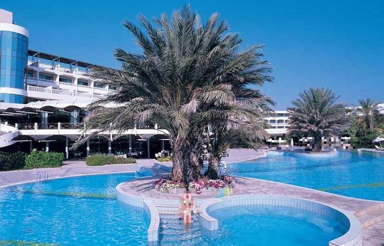 Constantinou Bros Athena Beach Hotel - General - 1