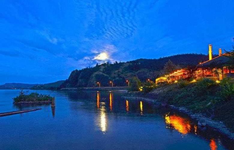 Best Western Plus Hood River Inn - Hotel - 42