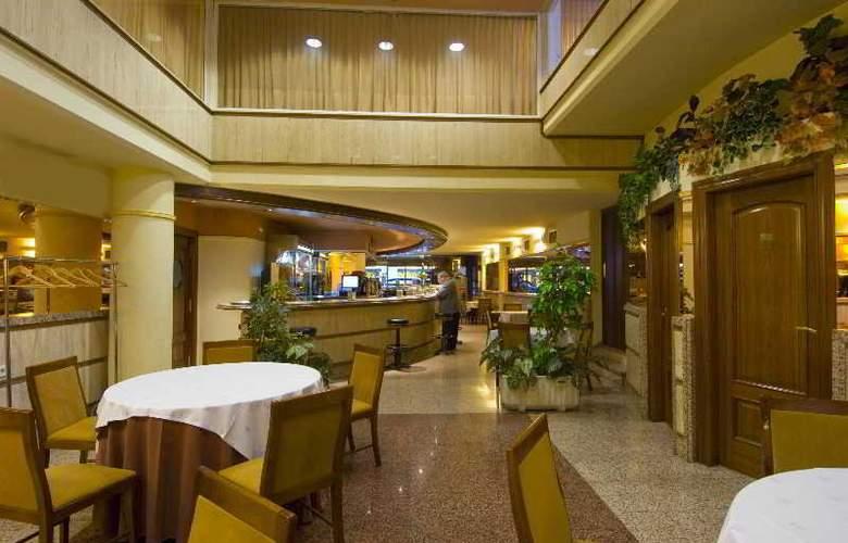 San Antonio - Restaurant - 21