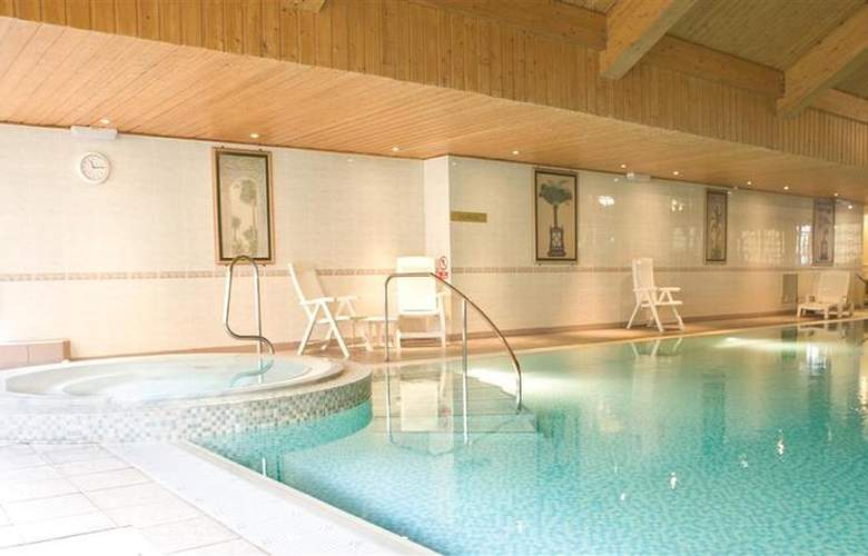 Best Western Inverness Palace Hotel & Spa - Pool - 35