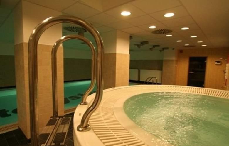 Economy Silesian Hotel - Sport - 25