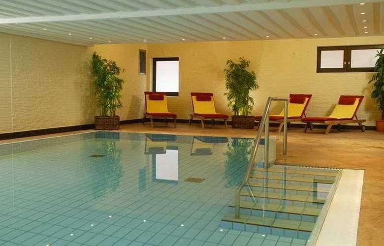 Munte Am Stadtwald - Pool - 3