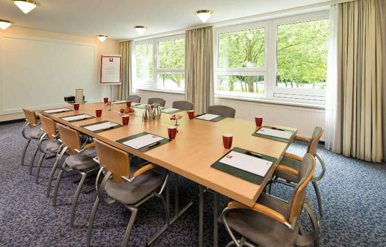 Leonardo Hamburg City Nord - Conference - 15