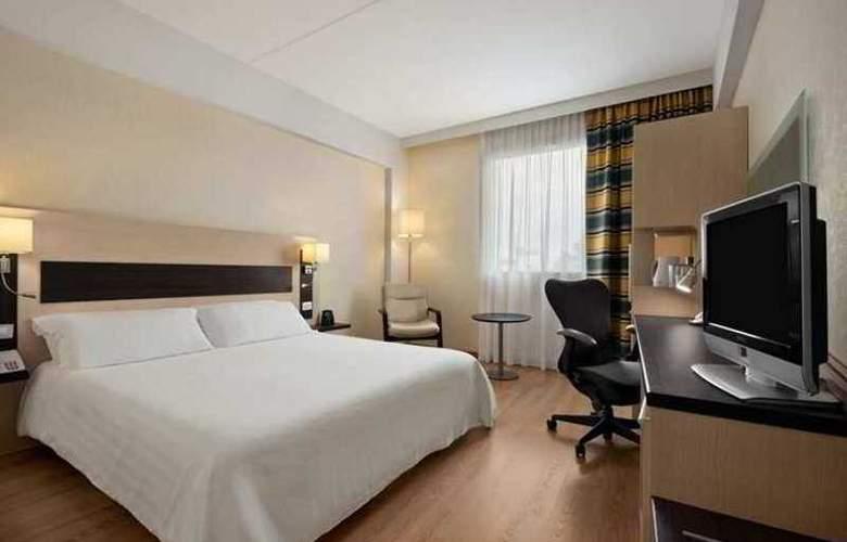 Hilton Garden Inn Rome Airport - Hotel - 3