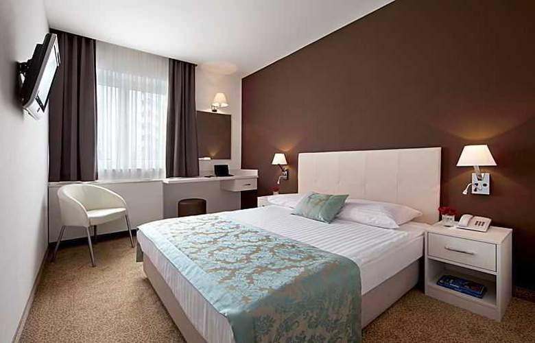 Jadran Zagreb - Room - 3