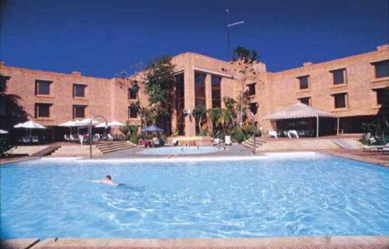 Estelar Paipa Hotel Spa & Centro de Convenciones - Pool - 7