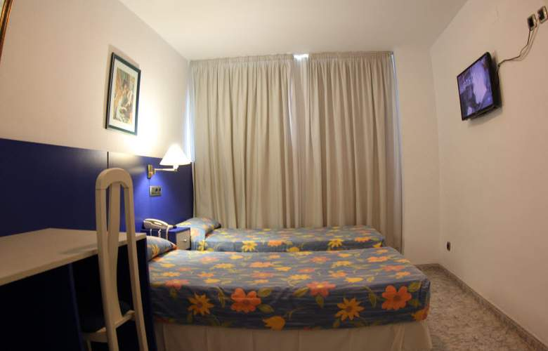 Vila-Real Marina Azul - Room - 6