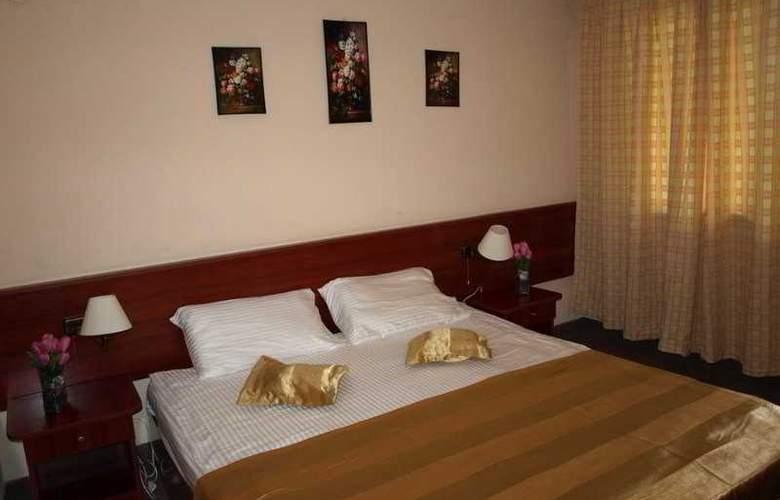 Caraiman Hotel - Room - 11