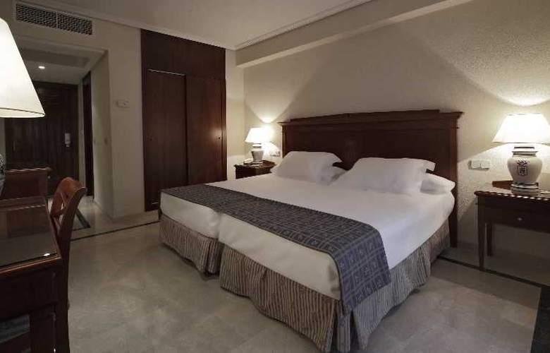 Fernando III - Room - 30