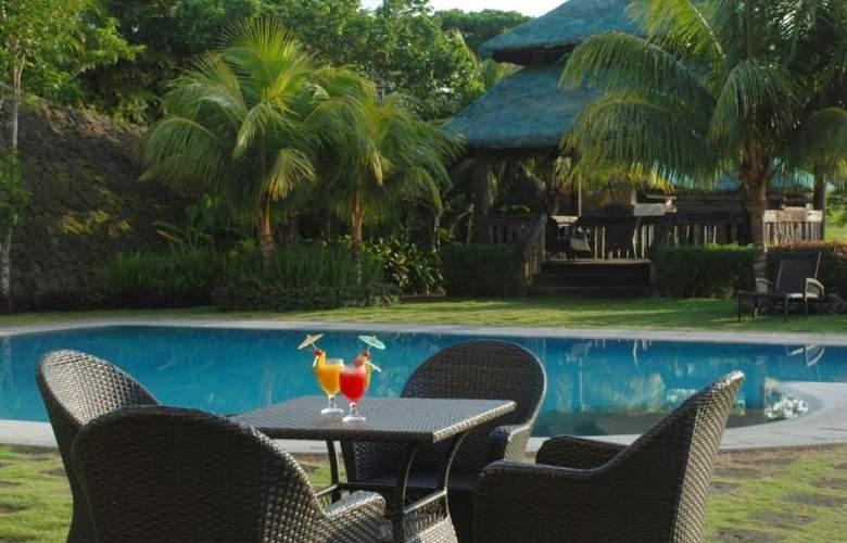 Hotel Kimberly Tagaytay - Pool - 1