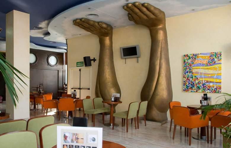 Marina d'Or Hotel 5 Estrellas - Bar - 3