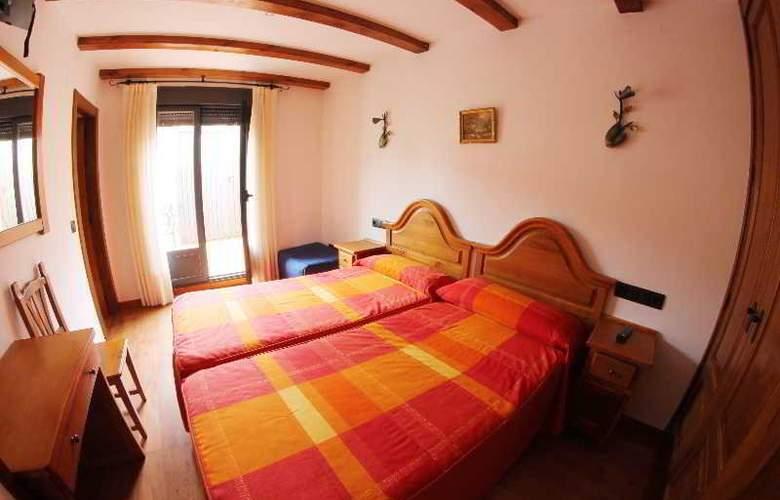Alda Casco Antiguo - Room - 12