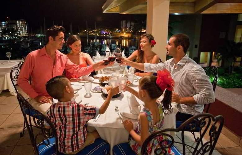 El Cid Marina Beach Hotel - Restaurant - 10