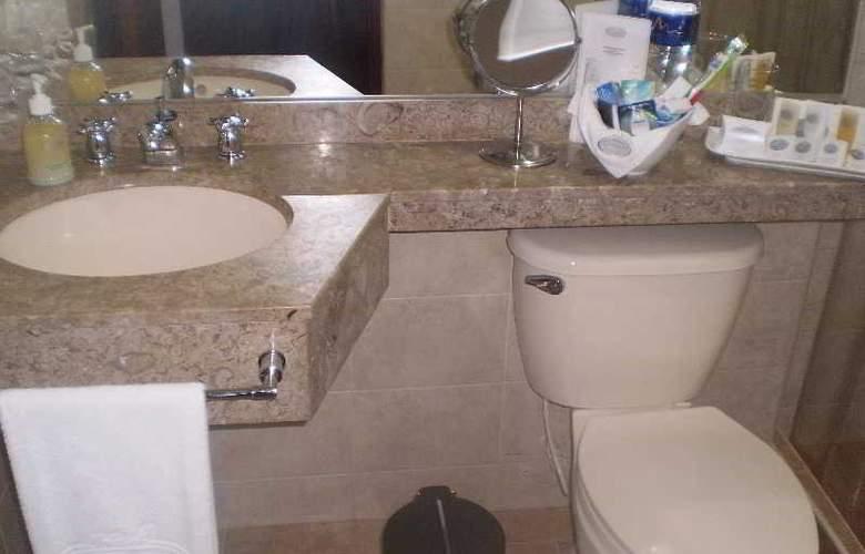 Hotel Platinum Suite - Room - 11