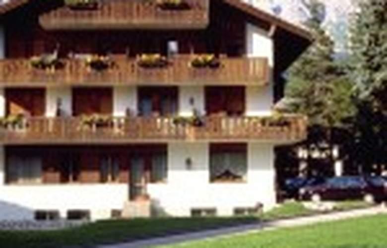 Hotel Campannina - Hotel - 4