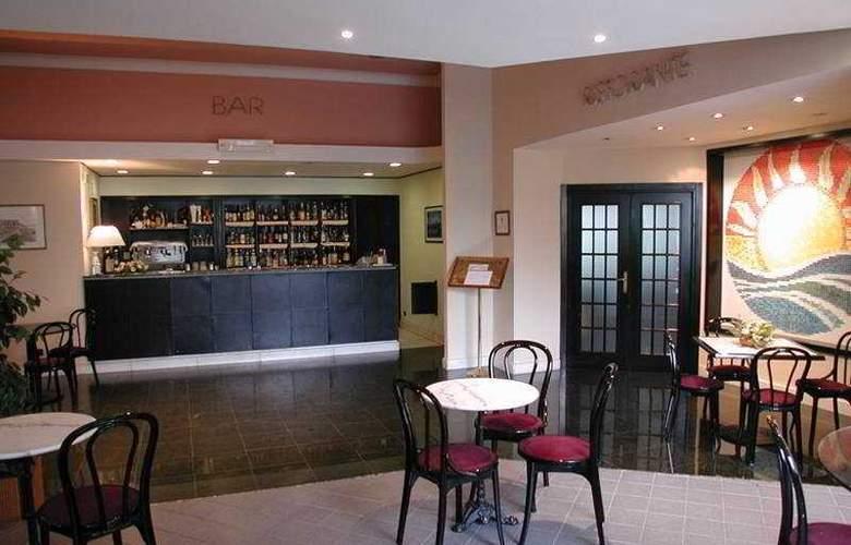Park Hotel Helios - Bar - 2