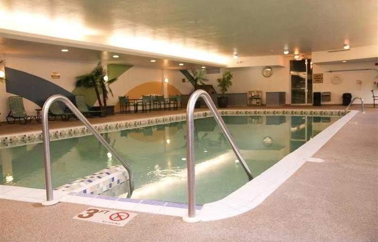 Best Western Woods View Inn - Hotel - 30