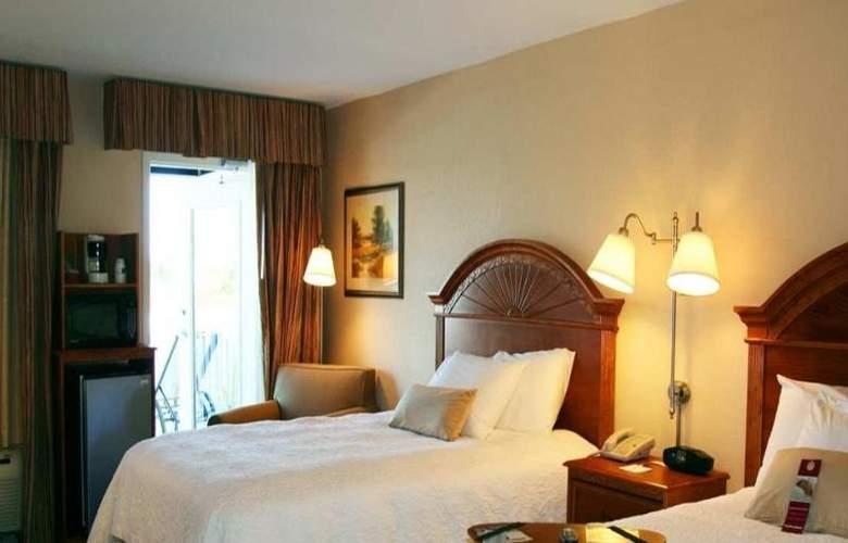 Hampton Inn Port Charlotte - Room - 13