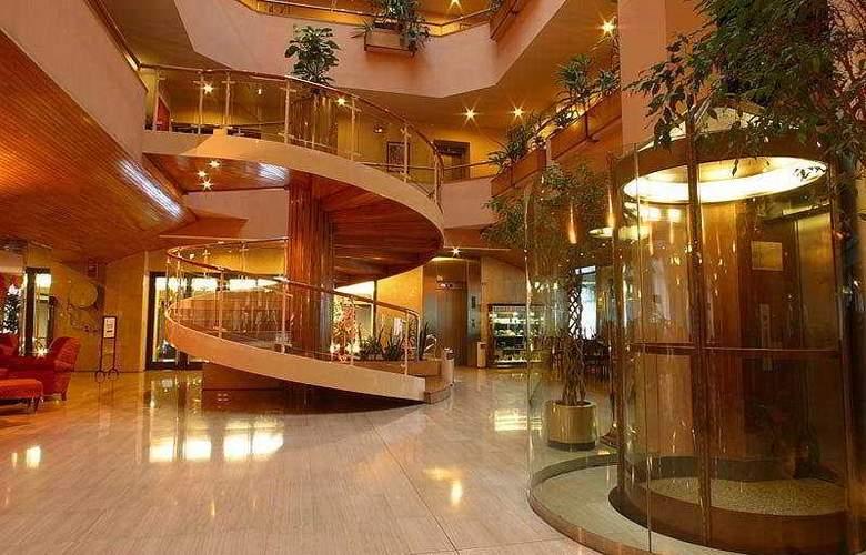Hotel Roc Blanc - General - 1