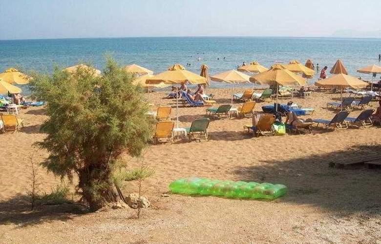Kato Stalos Beach - Beach - 4