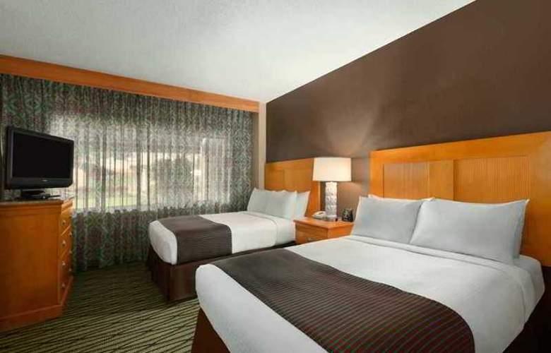 Doubletree Guest Suites In The Walt Disney World - General - 1