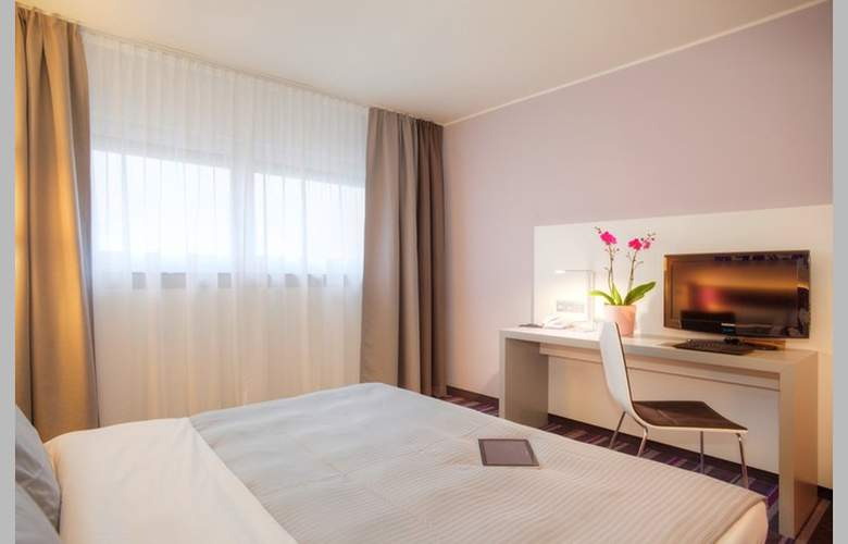 Rilano 24/7 Hotel Muenchen - Room - 1