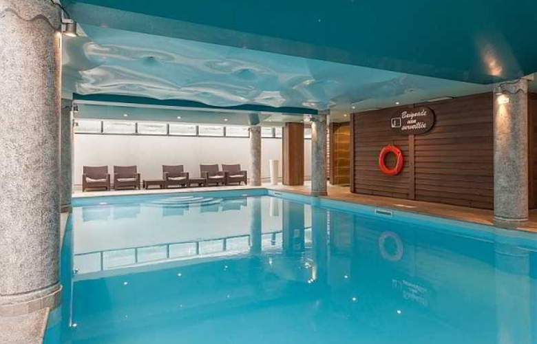 Residence Pierre & Vacances Premium La Ginabelle - Pool - 23