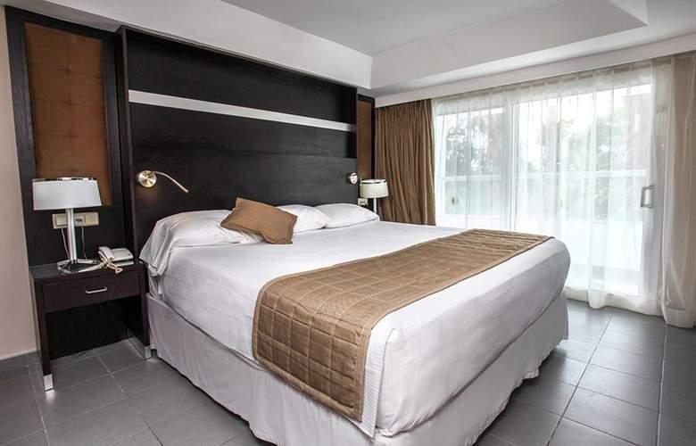 Riu Naiboa - Room - 7