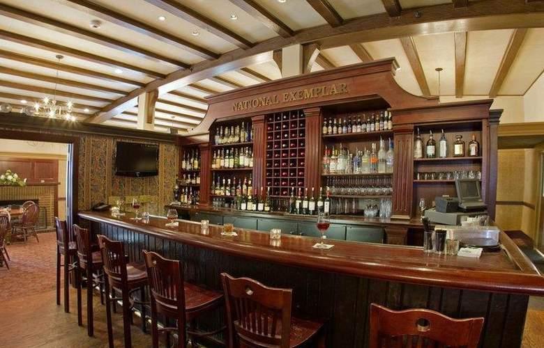 Best Western Premier Mariemont Inn - Restaurant - 41