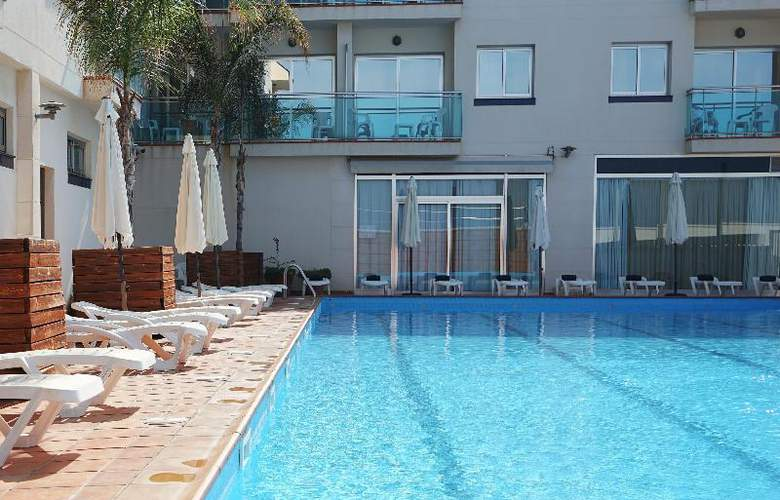 Port Sitges Resort - Pool - 14