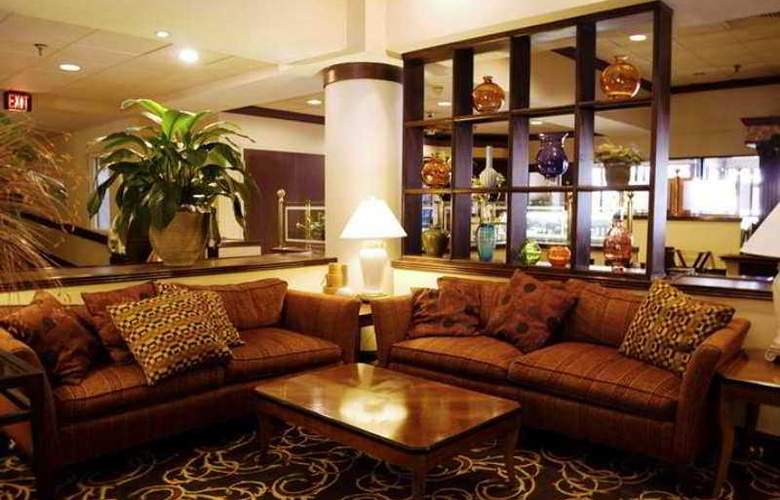 DoubleTree Suites by Hilton Nashville Airport - Hotel - 2