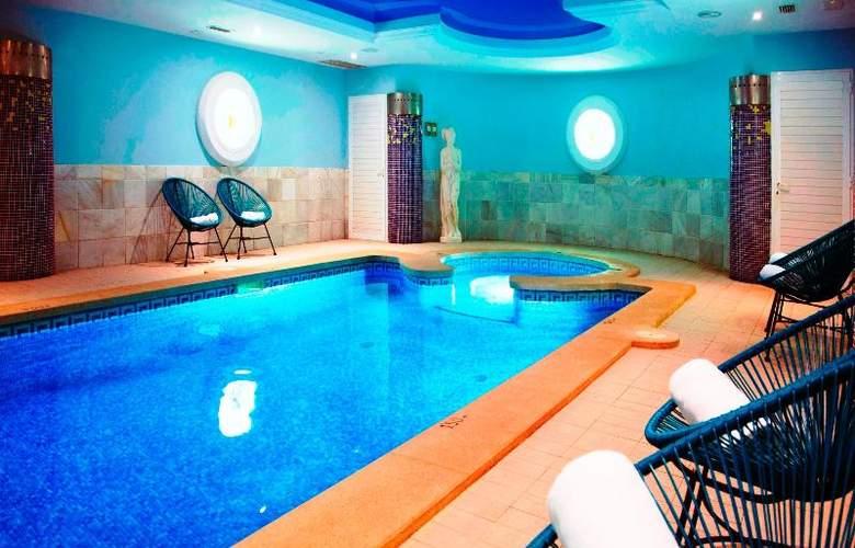 La Pergola Aparthotel - Pool - 50