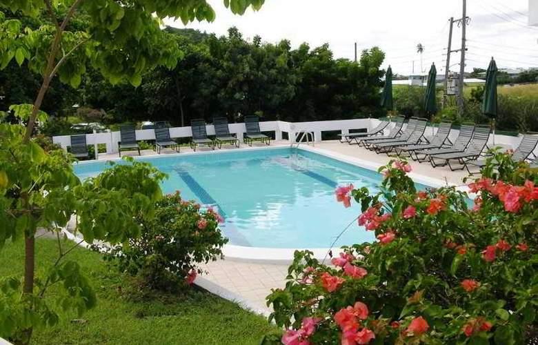 Siesta Hotel - Pool - 12