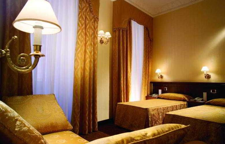 Hosianum Palace - Room - 4