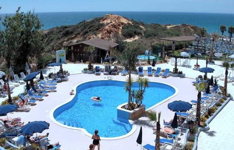 Auramar Beach Resort - Pool - 23
