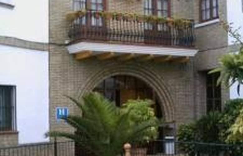 Anfiteatro Romano - Hotel - 0
